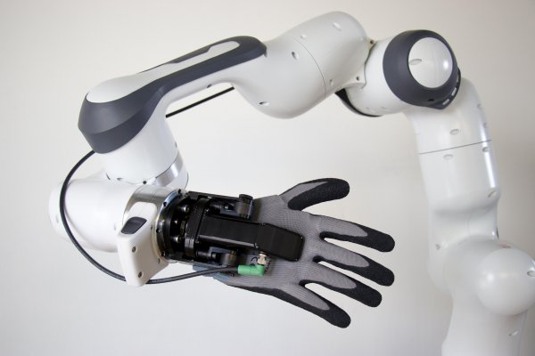Collaborative Robotic Hand for Industrial Applications