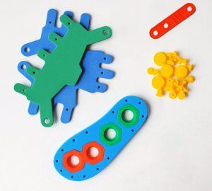 Il kit DIY Shoes for Kids (foto: raz-beri.com)