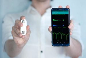 A wearable device that can measure electrocardiograms (ECGs) and stress levels