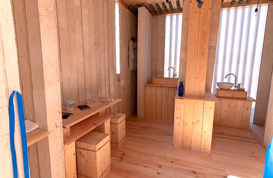Gli interni della transit-house per i senzatetto realizzata a Tor Vergata (foto: Università Tor Vergata)