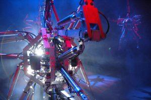 L'installazione Hysterical Machine di Bill Vorn