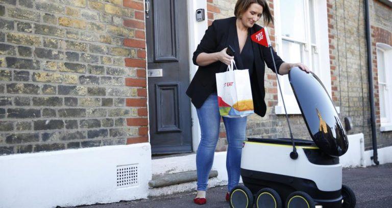 Un robot JustEat nella fase di sperimentazione