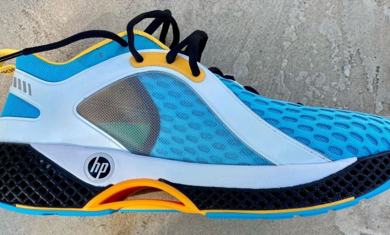 HP senior exec shows off new, 3D printed, HP-branded running shoes